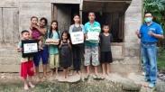 Lewat #LoveInAction, Dua Keluarga di Nias Ini Bisa Makan Nasi Lagi