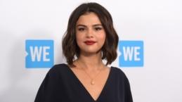 Karena Masalah Ini Selena Gomez Kecam Keras Facebook, Google dan Media Besar Lainnya