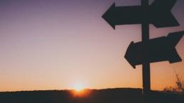 Sulit Putuskan Pilihan, Minta Tuntunan Tuhan Dengan Cara Ini