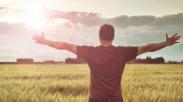 Gak Perlu Ambil Posisinya Tuhan, Ia Sangat Tahu Apa yang Kamu Butuhkan!