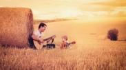Jangan Sedih Atau Merasa Sendiri Lagi, Karena Tuhan Sudah Mengangkat Kamu Menjadi Anak-Nya