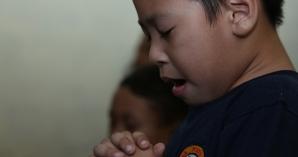 10 Ayat Alkitab yang Wajib Anak Ketahui