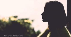 3 Hal Fatal Yang Sering Terjadi Ketika Ibu Kehilangan Suami. Fatal Buat Anak-anak Loh Mom