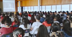 150 Mahasiswa Mengalami Pemulihan, Melalui Nobar Komsel Solusi