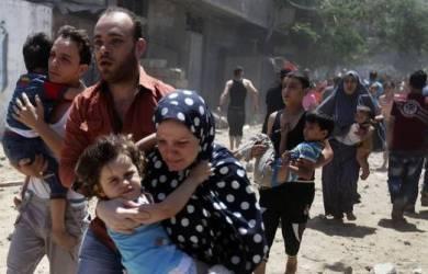 Umat Muslim dan Kristen Palestina Rayakan Idul Fitri di Gereja