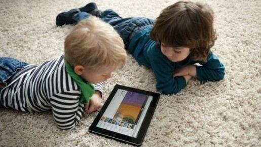 Tanyakan 5 Pertanyaan Ini ke Anak Sebelum Nonton Televisi dan Main Games