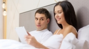 Suami Tuntut Istri Karena Chat Facebook