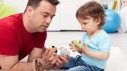 Meski Sibuk, Ayah Tetap Bisa Bahagiakan Anak