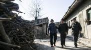 Suami Istri di China Ini Tampung Seorang Sakit Jiwa Selama 35 Tahun