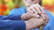 Siapkah Kita Untuk Merawat Orangtua Kita?