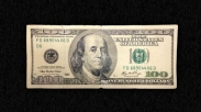 Persembahan Dengan Uang Palsu