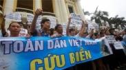 Protes Anti Polusi Ribuan Umat Kristiani di Vietnam Dihajar Polisi