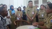 Ditinggal Isteri, Pria Ini Malah Curhat Kepada Plt.Gubernur DKI Jakarta Sumarsono