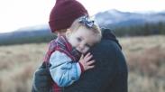 Tidak Dikaruniai Buah Hati? Tak Usah Sedih, Kamu Masih Bisa Mendapatkan Anak Dengan Adopsi