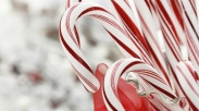 Ngga Nyangka Loh, Ternyata Ada Legenda dan Makna Mendalam Dibalik Permen Tongkat Natal Ini