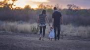 Beranjaklah Dari Rumah Nyamanmu, Bawa Anakmu Dan Kabarkan Injil. Inilah 4 Manfaat Baginya