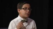 Keren, Bocah 11 Tahun Ini Lulus Kuliah dan Ingin Buktikan Tuhan Ada Lewat Ilmu Alam!