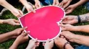 Menerima Bantuan dan Dukungan dari Orang Lain, Salah Satu Cara Belajar Rendah Hati