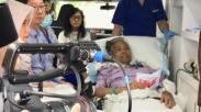 Pdt.Bigman Sirait Tetap Nyoblos Sekalipun Harus Diantar Dengan Ambulan