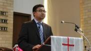 Pendeta Myanmar Yang Bikin Ibadah & Positif COVID-19 Ini, Kini Terancam Penjara 3 Tahun