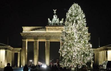 Pohon Natal Gerbang Bradenburg