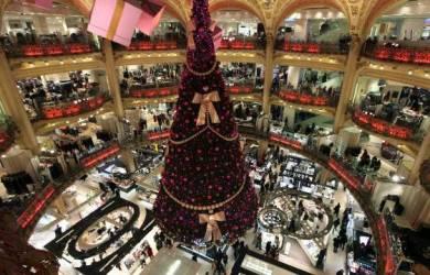 Pohon Natal Galeries Lafayette