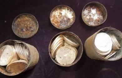 Koin Emas $10 Milyar Ditemukan Dalam Tanah