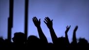 Memuji Tuhan Sepenuh Hati Meski di Tengah Kondisi yang Sulit
